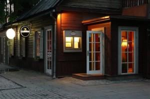 """""""Veranda"""" vilioja užsukti į jaukų medinį namuką - tarsi į svečius"""