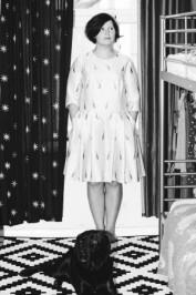 Draugė Lilija Larionova ne tik pakvietė į verstuves, bet ir suknelę man ta proga pasiuvo. Ir man ji iškart patiko.