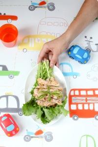 Norint, kad daržoves valgytų vaikai, tėvams jas irgi reikia valgyti