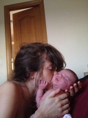 Astos gimdymo istorija1